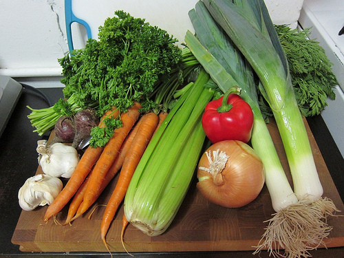Sunday Snapshot: Vegetable Broth Bounty | Red-Handled Scissors
