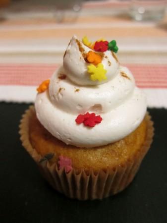 Sunday Snapshot: Melanie's Birthday Cupcakes   Red-Handled Scissors