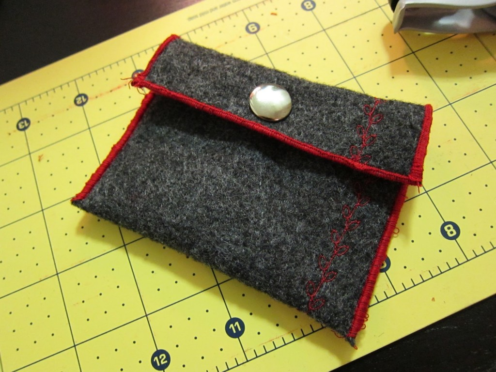 Tutorial: 15-Minute Change Purse | Red-Handled Scissors