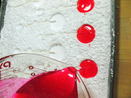 Friday Internet Crushes: Confectioners' Sugar Lollipop Molds   Red-Handled Scissors