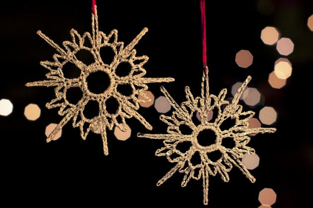 Tutorial: Crocheted Snowflake Ornaments for Craftzine.com | Red-Handled Scissors