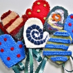 Tutorial: Felted Mitten Ornaments | Red-Handled Scissors