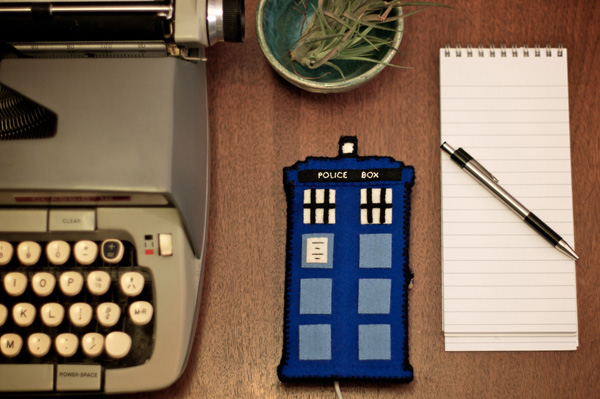 Tutorial: Doctor Who TARDIS Phone Charging Station for Craftzine.com | The Zen of Making