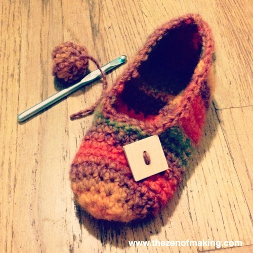 Sunday Snapshot: Rainbow Striped Crochet Slippers | Red-Handled Scissors