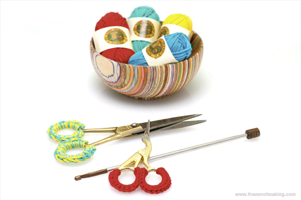 Things I Made from the Internet: Crocheted Scissor Grip Covers | The Zen of Making