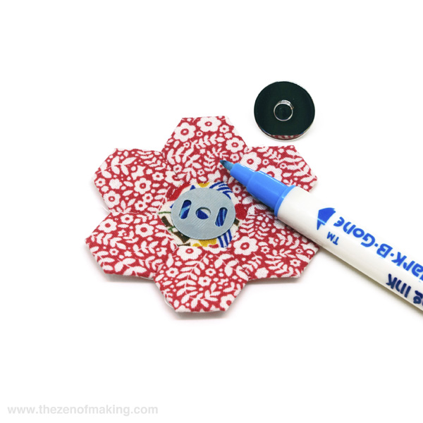 Tutorial: Pincushion for English Paper Piecing Travel Kit | Red-Handled Scissors