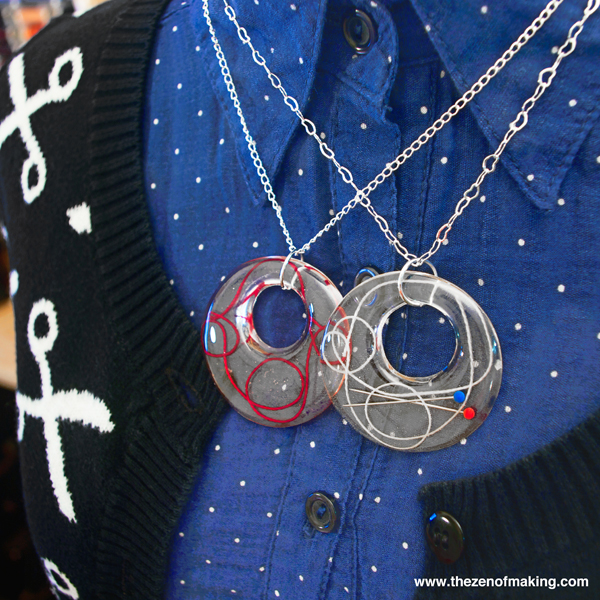 Tutorial: Resin Sewing Thread and Embroidery Floss Pendants | The Zen of Making