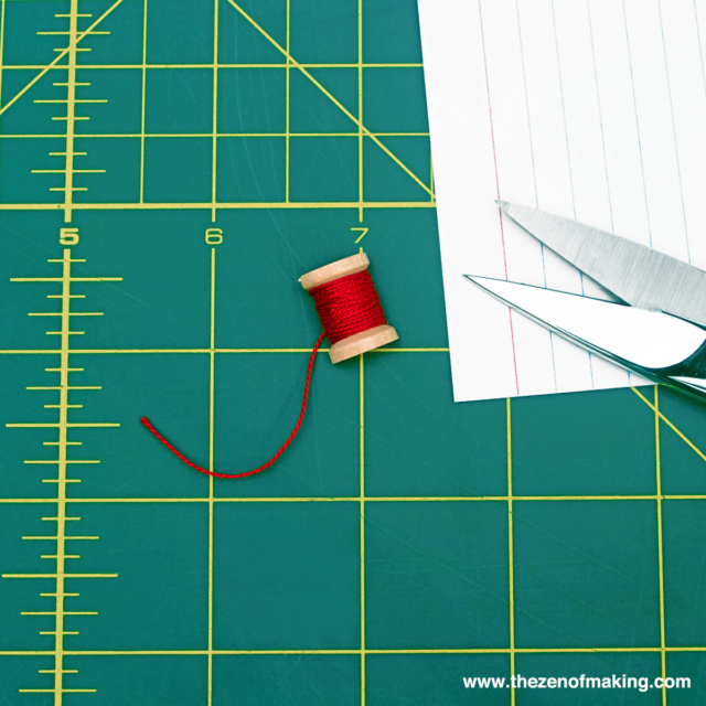 Tutorial: Resin Thread Spool Bracelet | Red-Handled Scissors