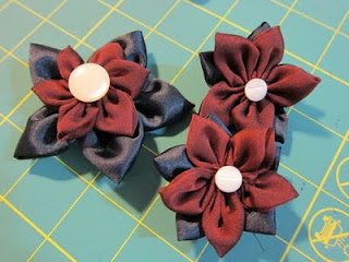 Review: Clover Kanzashi Flower Makers: Pointed Petal for Craft Test Dummies | Red-Handled Scissors